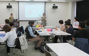 8施設から20人が参加した「子ども食堂」の研修会