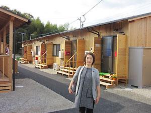 真備町内に建設された木造の仮設住宅(みその仮設団地で)