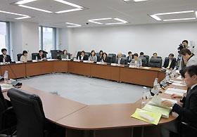 消費者庁で行われた第1回の検討会